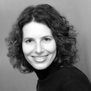 Robyn Israel headshot